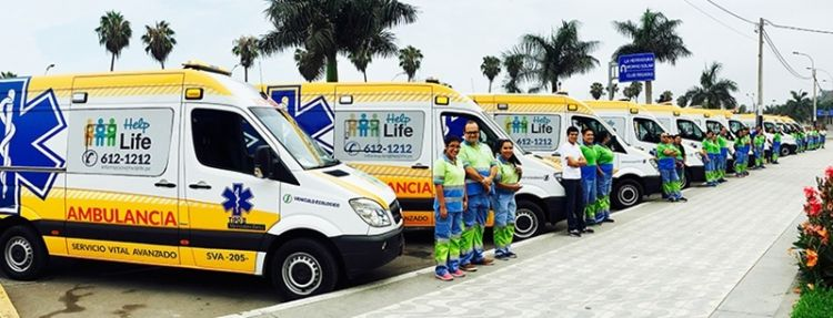 Help Life Peru staff