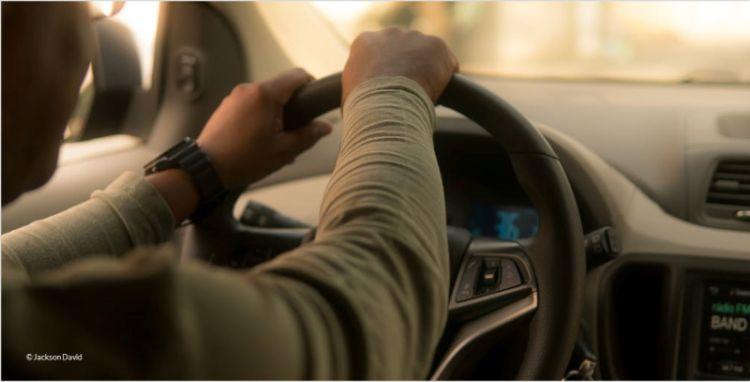 Wie kann die Nutzung von Fahrzeugen nach Geschäftsschluss gestoppt werden? - Frotcom