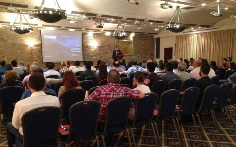 """Maximize Your Fleet Potential"" event promotes complete Frotcom interface"