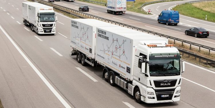Platooning - new trials show that the use of electronically linked trucks is viable