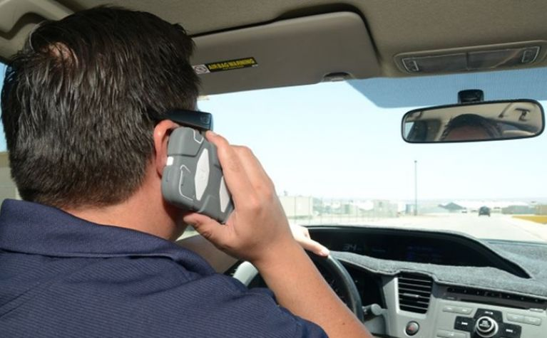 Phone addicts are worse threat than drunk drivers, study finds