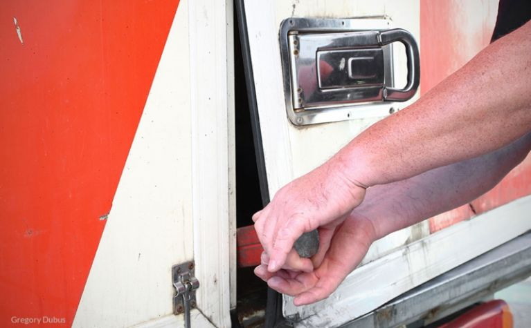 Cargo Theft: Mitigate Risks with a Fleet Management System - Frotcom