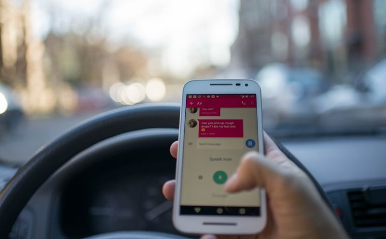 Prevent distracted driving with Frotcom